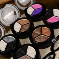 freie nackte palette großhandel-3 Farben Lidschatten Makeup Palette Gute Qualität Feines Pulver Smoky augen Metall Nackt Nude Lidschatten Kosmetik pinsel spiegel DHL Frei