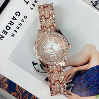 reloj dorado femenino al por mayor-Las mujeres de lujo de moda reloj con diamantes de oro rosa / dorado acero inoxidable señora relojes pulsera relojes de pulsera marca reloj femenino envío gratis