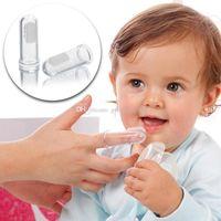 cepillo de dientes para niños al por mayor-Cepillo de dientes infantil suave del dedo del silicón de los niños Cepillo de entrenamiento del caucho del cepillo de dientes del bebé recién nacido limpio C3160