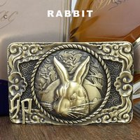 Novo Design Pure Rabbit Head Pattern Brass Buckle Fit para 3.6-4.0cm Wide Belt for Men Unique Chinese Zodiac Animals Smooth Belts BUK0001