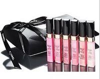 muestra gratis envío al por mayor-2017 nueva marca de maquillaje Lipgloss 6 colores diferentes Lipgloss Set Maquillaje Tamaño de la muestra líquido lápiz labial mate Envío gratis