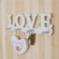 Al por mayor-4 Ganchos Blanco LOVE Shape Design Coat Hat Key Holder Storage Rack Wall Hanger Home Door Decor