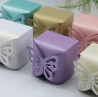 Wholesale Gift Box Pattern Butterfly - 100pcs 3D Lovely Butterfly Pattern Elegant Pearl Paper Wedding Party Favor Gift Candy Box High Quality