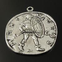 soldados de época al por mayor-Tono de plata de la vendimia de la aleación de la moneda romana soldado colgante Finding venta caliente fabricación de joyas AU36067