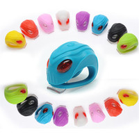 Snake Head Shape Waterproof LED Head Front Luzes traseiras da roda 8 cores Silicone Bike Cycling Bicycle Lamp with Battery