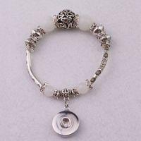 18mm weiße perlen großhandel-6pcs / lot neue europäische Art-weißes Katzenauge bördelt Charme-Armbänder mit Diy 18mm Ingwer-Schnellknopf-Charme-Armbändern