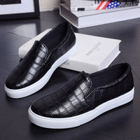 Wholesale stripe loafers - 2016 Spring Women Loafers Crocodile Stripe Platform Flats Comfortable Slip On Casual Shoes Woman 2 Colors Size 36-40