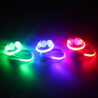Chaussures de sport LED Clip Wrist Signal de sécurité Flash en plastique Luminous Light Bike Bicycle Cycling Party Decoration