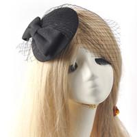 top hüte für frauen hochzeiten großhandel-Großhandel Frauen Headwear Fascinator Bowknot Pillbox Hut Haarspange Schleier Filz Zubehör Ascot Hochzeiten Proms Derby Kostümfest
