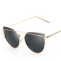Wholesale flat pc case - Color Lens Cat Eye Womens Sunglasses New Vintage Trendy Fashion Mirror Reflective Sun Glasses Unique Flat UV400 Ladies Glasses With Case