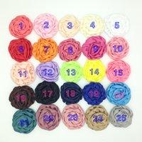 saten rozet saç toptan satış-Kaliteli 8 cm El Yapımı Haddelenmiş Saten Çiçek 50 adet 25 Renkler Büyük rozet Kumaş Tomurcukları Düz Geri DIY Kafa Başkanı giymek Saç Aksesuarı