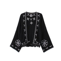 Wholesale European Applique Hot Sale Women Sexy Long Sleeve Cardigan Summer Embroidery Sunscreen Beachwear Shawl Cape Plus Size
