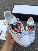 Wholesale Tiger Print Lips - The tiger head shoes embroidered leather tiger head white shoes rot shoes for men and women love thick lips