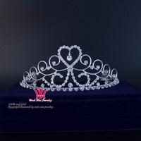 diadema reina corazones al por mayor-Corazón Tiaras Rhinestone corona de cristal princesa accesorios para el cabello peine diadema nupcial boda accesorios Queen Party Prom Show Mo129