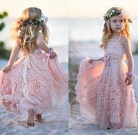 gelinlik plaj kızı toptan satış-Pembe Halter Küçük Kızlar Parti Elbiseler 2016 Şifon Ruffles Çiçek Kız Elbise Ile Plaj Düğün Için Kat Uzunluk Pageant Törenlerinde çiçekler
