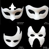 beyaz kağıt maskeli maske toptan satış-İnanılmaz Boyasız Beyaz Kağıt Çocuk Çocuk Erkekler için Çeşitli Masquerade Maskeleri DIY Boya Parti Fantezi Elbise Maske