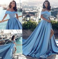 vestidos de baile árabe venda por atacado-Barato Árabe Azul Claro Formal Vestidos de Baile 2019 Moderno Africano Elegante Fora Dos Os Ombros Frente Dividir Popular Evening Prom Vestidos