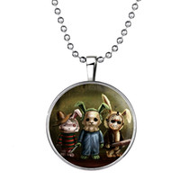 Chaîne De Pull À Lapin Pas Cher-Date Lapin lumineux Puppet Collier Glow in the Bunny Charm foncé Pull Chain Déclaration Collares Halloween collier pendentif 152N80