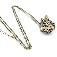 Lots Wholesale Antique Bronze Starts Circle Cache creux Locket Fragrance Diffuseur d'huile essentielle Pendentif Chain Neckalce Charms Jewlery