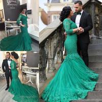 küçük boyutlu elbiseler özel günler toptan satış-2017 Arapça Stil Artı Boyutu Örgün Gelinlik Modelleri V Boyun Sheer uzun Kollu Yeşil Dantel Tül Boncuklu Özel Durum Abiye giyim Custom Made