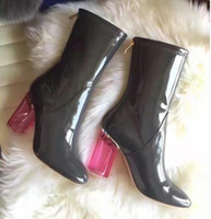 botas de lluvia transparentes mujeres al por mayor-Caída de la marea Botas de mujer rojo transparente talón de lluvia botas de lluvia de charol grueso talón transparente Botas de mujer zapatos de mujer