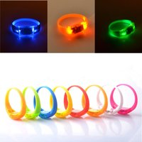 Yes sports party decor - Sound Control LED Flashing Silicone Bracelets Safety vibration control led Night Sport Wristbands Festival Party Halloween Concert Decor