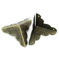 Wholesale furniture carvings - 4PCS Lot Case Box Corners For Furniture Decor Triangle Rattan Carved 2.5*2.5cm Gold Bronze Color