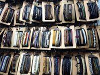 bracelete de charme de surf venda por atacado-Das mulheres dos homens do vintage handmade couro trança de surf charme pulseira (3 pcs) / set homens manguito pulseira de estilos misturados atacado set