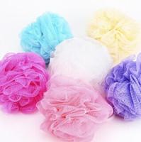 kafesli duş püskürtme toptan satış-Renkli banyo topu çekme banyo Duş Sabun Kabarcık Yumuşak Vücut Yıkama Pul Pul Puff Sünger Örgü Net Topu Kabağı Çiçek Banyosu top