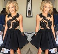 diz boyu eve dönüşen elbiseler toptan satış-2016 Ucuz Homecoming Elbiseler Geri Dantel Aplike Diz Boyu Balo Elbiseleri Mürettebat Kolsuz Kısa Formlu Parti Elbiseleri Özel Made Prom Gowns