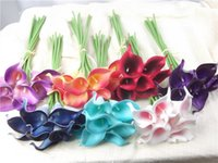 ingrosso fiore bianco mini calla giglio-Vendita calda fiori artificiali 9 pezzi / lotto Mini Purple in bianco Calla Lily Bouquets per bouquet da sposa Decorazione fiori finti
