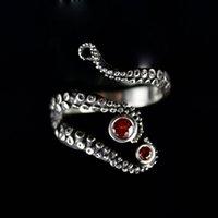 polvo de tentáculos venda por atacado-Venda quente Handmade Octopus Anel Sedutor Tentáculo em chapeamento de prata antigo red Rhinestone by Octopus mão anéis fo