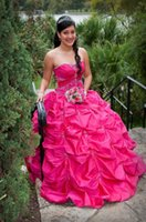 Wholesale Chinese Coral Beads - Ball Gown Quinceanera Dresses 2016 Sweetheart Ruched Pleat Chinese New Unique Lovely Appliqued 15 Dresses Quinceanera Gowns Evening Gown