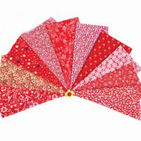 rotes blumenmaterial großhandel-gemischte 10design rote blume gedruckt baumwollgewebe für handgemachte nähen material patchwork vorhang hand diy handwerk 20 * 30cm rot neu
