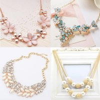 Wholesale Gold Choker Tassel - 4 Style Statement Necklaces Crystal Chain Link Choker Tassels Necklaces For Women Gift Pearl Statement Necklaces