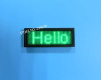 panel de texto al por mayor-USB recargable / Editar por PC / Mensaje con publicidad Nombre de LED verde Paneles de texto de signo de desplazamiento Tarjeta de visita de insignia