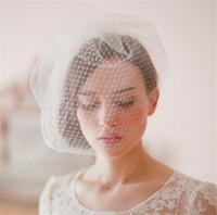gelin kafa bandı beyaz çiçekler toptan satış-Vintage Düğün Gelin Beyaz Birdcage Peçe Yüz Net Çiçek Combs Fascinator Headdress Saç Aksesuarları Net Kafa Headdress Yüz Peçe
