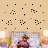 decoración moderna de la habitación del bebé al por mayor-5 cm triángulos pegatinas de pared, 154 pc / hoja negro bricolaje moderno arte de la pared de vinilo decoración del hogar, cuarto de niños del bebé Kids Room tatuajes de pared