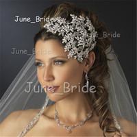 braut trägt krone großhandel-Wunderschöne Kristall Hochzeit Braut Haarbänder Tiaras Crown Luxus Haarschmuck Zubehör Haar tragen hohe Qualität Stirnband Kopfschmuck Kostenloser Versand