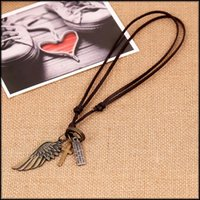 2016 Fashion Angel Wing Cross Wolf Feuilles à dents Colliers pendants Colliers en cuir de charme Colliers à bascule punk Bijoux de mode Couples