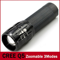 led-scheinwerfer großhandel-Drei Gänge / Mini-Skala LED Taschenlampe 2000 Lumen LED Taschenlampe Taschenlampe im Freien Taschenlampe