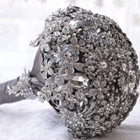 Wholesale High End Bridal Bouquets - 2017 Luxurious High End Crystal Brooch Wedding Bouquet Crystal Beading Bouquet Wedding flowers Bridal Bouquets Wedding Accessories