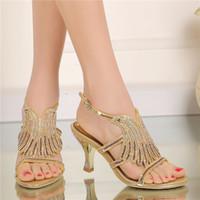 balo topuklu ayakkabıları toptan satış-Yaz Kadın Sandalet Rhinestone Kesme Çiçek Moda Altın Renk Sandalet Kalın Topuk Burnu açık Parti Balo Topuklu Düğün Ayakkabı