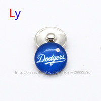 Wholesale Making Clay Beads - Fashion accessories Los Angeles Dodgers MLB baseball glass snap button jewelry charm popper for fans bracelet jewelry making NE0095
