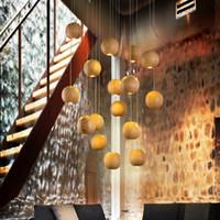 ingrosso lampade di legno fatte a mano-Lampadario in legno fatto a mano in legno nativo moderno appeso a LED Lampada a sospensione retrò luce di soffitto Meteorico doccia luce scale lampadario illuminazione