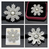 Wholesale austria crystal brooch for sale - Group buy Alloy Pearl brooch silver plated Real Austria Crystal Brooch Diamond Flowers Brooches Pins For Women Dresses jewelry accessories