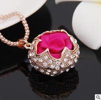 correntes de diamantes vermelhos venda por atacado-Rosa vermelha Flor Camisola Cadeia de Luxo Mulheres Colar de Pingente de Camisola Cadeia Longa Colar de Pingente de Diamante Jóias Presente de Natal
