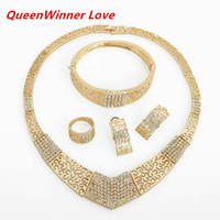 Wholesale Western Jewelry For Women Wholesale - 18K Western Africa White Crystal Gold Plated Jewelry Sets Necklace Braceletes Earing Ring Hot Sale Fahion Jewelry Sets For Women QW17
