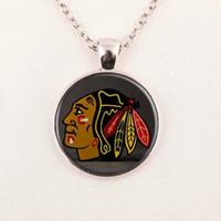 Wholesale Nhl Necklaces - free shipping Wholesale Chicago Blackhawks NHL Hockey necklace hockey fans team gift cheap pendant wooden necklace fashion jewelry 384