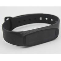 ingrosso pannello oled-Z2 Bluetooth 4.0 0,91 pollici OLED Display Panel Sleep Tracker Smart Band Bracciale Wristband Flex Strap TPU cinturino da polso Inteligent Nero
